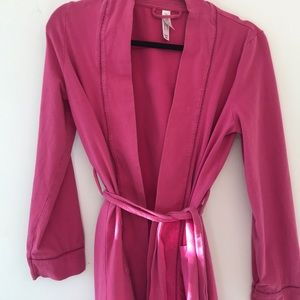 Gillian & O'Malley Pink Dressing Robe